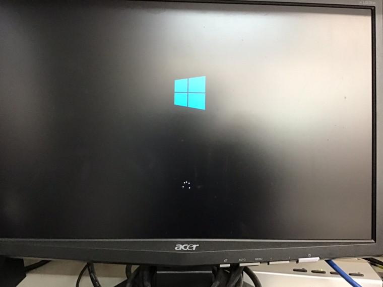デスクトップパソコンの液晶関連トラブル/DELL(デル) Windows 10のイメージ