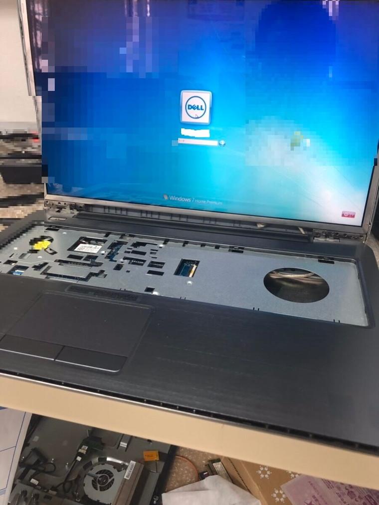 ノートパソコンの液晶画面に乱れがある/DELL(デル) Windows 7のイメージ