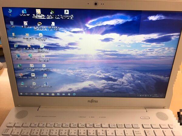 ノートパソコンの液晶パネルが割れた/富士通 Windows 10のイメージ